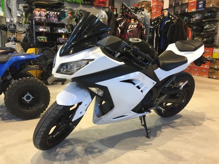 2014 Kawasaki ninja ex300