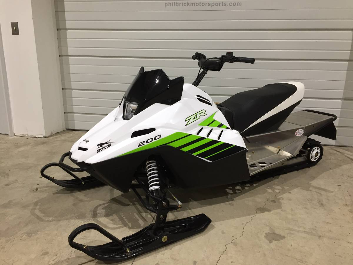 Snowmobiles Mini Kids 120 Youth / Caboose – Philbrick Motor